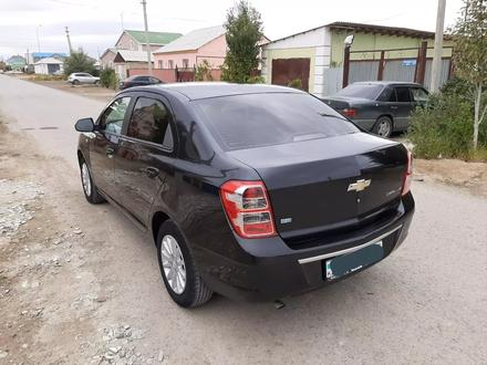 Chevrolet Cobalt 2013 года за 3 200 000 тг. в Атырау – фото 2