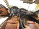 BMW 330 2007 года за 5 500 000 тг. в Атырау – фото 2