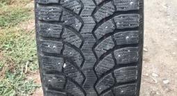 Зимняя резина шипованная Bridgestone за 70 000 тг. в Алматы – фото 4