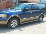 Ford Expedition 2003 года за 5 500 000 тг. в Караганда – фото 2