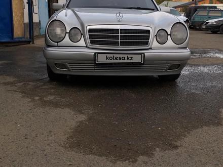 Mercedes-Benz E 280 1997 года за 3 300 000 тг. в Павлодар – фото 2