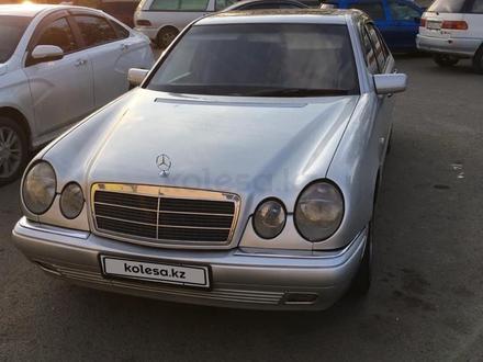 Mercedes-Benz E 280 1997 года за 3 300 000 тг. в Павлодар – фото 3