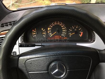 Mercedes-Benz E 280 1997 года за 3 300 000 тг. в Павлодар – фото 7