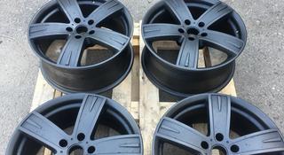 Комплект оригинальных титановых дисков за 95 000 тг. в Алматы
