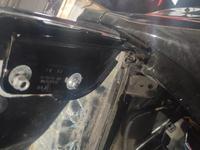 Петля капота правый на Porsche Cayanne за 10 000 тг. в Алматы
