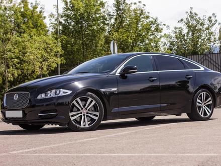 Jaguar XJ 2014 года за 15 000 000 тг. в Алматы
