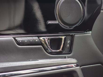 Jaguar XJ 2014 года за 15 000 000 тг. в Алматы – фото 27