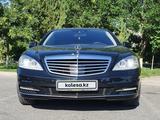 Mercedes-Benz S 350 2012 года за 12 500 000 тг. в Шымкент
