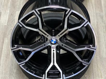 Диски на BMW G05 G06 G07 за 500 000 тг. в Алматы – фото 3