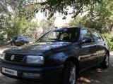 Volkswagen Vento 1995 года за 1 000 000 тг. в Актобе – фото 2