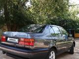 Volkswagen Vento 1995 года за 1 000 000 тг. в Актобе – фото 4