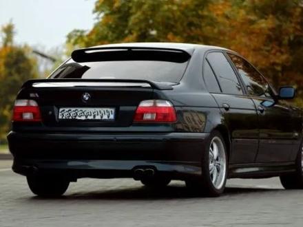 Спойлер на заднее стекло BMW 5 E39 HAMANN за 45 000 тг. в Алматы