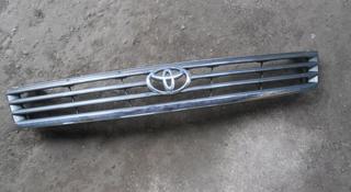Решетка радиатора Toyota Granvia за 10 000 тг. в Алматы
