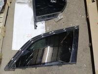 Стекло багажника боковая форточка задняя левая Audi q7 за 10 000 тг. в Алматы