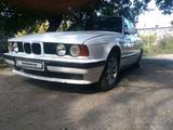 BMW 525 1989 года за 1 100 000 тг. в Семей – фото 3