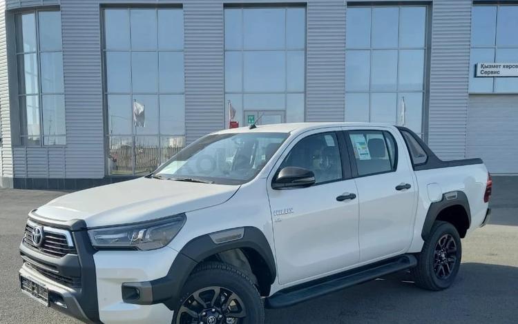 Toyota Hilux 2021 года за 25 900 000 тг. в Жанаозен