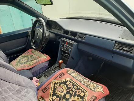 Mercedes-Benz E 260 1989 года за 850 000 тг. в Нур-Султан (Астана) – фото 8