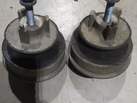 Подушка двигателя на Мерседес w210, w202 за 24 000 тг. в Алматы