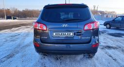 Hyundai Santa Fe 2010 года за 3 400 000 тг. в Уральск – фото 2