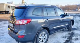 Hyundai Santa Fe 2010 года за 3 400 000 тг. в Уральск – фото 3