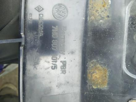 Решетка радиатора на, vw transporter t5 за 15 000 тг. в Алматы – фото 2