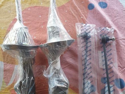 Передние амортизаторы Равон R3/R4 Шевроле Кобальт за 16 500 тг. в Алматы – фото 2