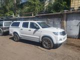 Toyota Hilux 2013 года за 8 800 000 тг. в Алматы