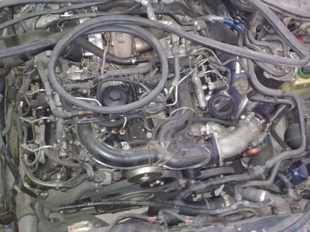 Генератор на Volkswagen Touareg 3.0 tdi за 35 000 тг. в Алматы – фото 2
