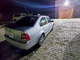 Volkswagen Jetta 2003 года за 2 300 000 тг. в Актау