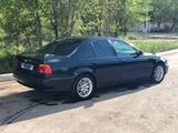 BMW 528 1996 года за 2 800 000 тг. в Караганда – фото 2