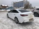 Hyundai Sonata 2019 года за 8 600 000 тг. в Уральск – фото 4