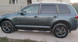 Volkswagen Touareg 2008 года за 4 300 000 тг. в Алматы