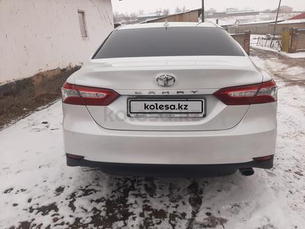 Toyota Camry 2019 года за 14 500 000 тг. в Шымкент – фото 2