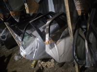 Двери, стикло за 10 000 тг. в Алматы
