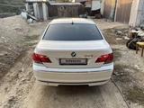 BMW 735 2004 года за 4 500 000 тг. в Алматы – фото 3