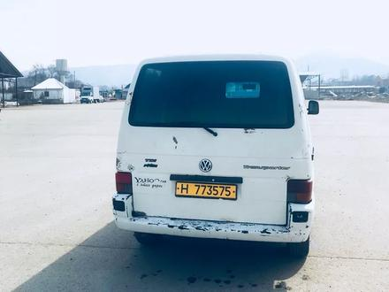 Volkswagen Transporter 2001 года за 2 200 000 тг. в Алматы – фото 3