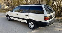 Volkswagen Passat 1992 года за 1 345 000 тг. в Семей
