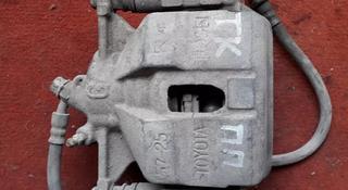Суппорт тормозной передний правый на Toyota Corona (Carina E), v1.8… за 5 500 тг. в Караганда