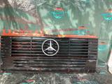 Решетка радиатора Мерседес 609 за 15 000 тг. в Караганда – фото 2