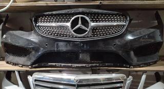 Бампер передний на Mercedes-Benz E-class w212 AMG рестайлинг в сборе за 450 000 тг. в Алматы