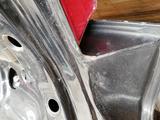 Крышка багажника ауди 80 б3 за 20 000 тг. в Экибастуз – фото 4