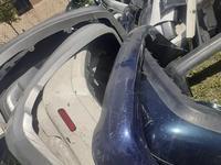Бампер задний оргиниал фары за 200 тг. в Алматы