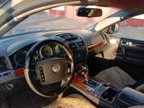Volkswagen Touareg 2005 года за 4 500 000 тг. в Семей – фото 3