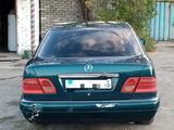 Mercedes-Benz E 200 1996 года за 1 650 000 тг. в Семей – фото 4