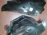 Передний подкрылок задний правый/левый на Infiniti QX70/FX35 за 10 000 тг. в Алматы