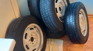 Шины диски за 50 000 тг. в Атырау