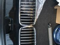Ноздри на бмв ф10 решетка радиатора bmw f10 за 15 000 тг. в Алматы
