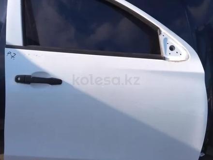 Дверь передняя правая Mitsubishi L200 (2015-2019) за 100 000 тг. в Нур-Султан (Астана)