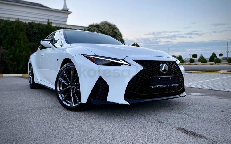 Lexus IS 350 2021 года за 26 250 000 тг. в Актау