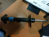 Амортизатор передний правый на BMW E36 за 14 960 тг. в Алматы